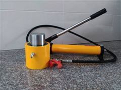 特价供应超高压电动分离式千斤顶