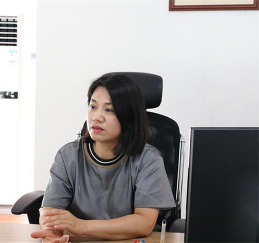 """泓博智能朱丽芬:best365亚洲版官网产需双方的""""摆渡人"""""""