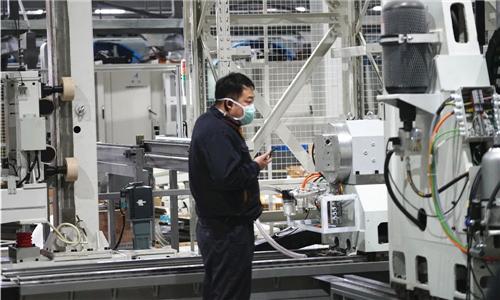 用机器人抓刀 通用技术集团沈阳机床复工挑战核心难题!